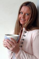 AVSTRESSANDE. <br />– Genom sättet att andas förstärks den meditativa delen av rörelsen, säger Karin Rosell, Yogafröken på skalkariket.se.