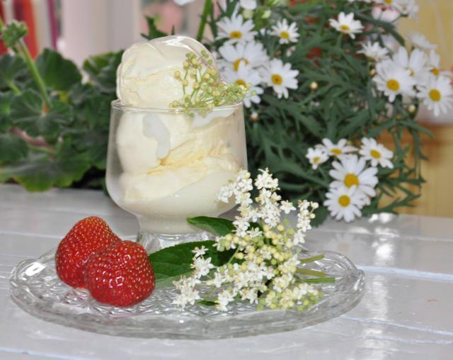 GLASSGÅRDEN. Goda glassar är Mäjens signum. Foto Johanna Andersson.