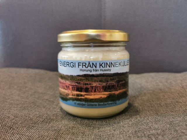 BISYSSLA. Honung från Kinnekulle Energi.