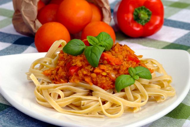 SNABBPASTA. Otroligt god vegetarisk pastarätt som är superenkel att tillaga.Foto: Gröna Kassen.
